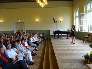 Yen Quynh Vu zeigte ihr Können an der Violine.