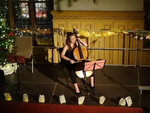 Maria Bock am Cello