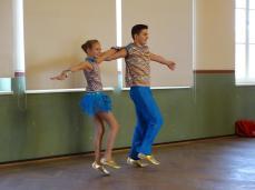 Einen Tanz boten Lennart Lammers und seine Schwester