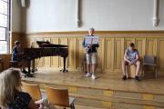 Ein Musikduo aus der achten Klasse